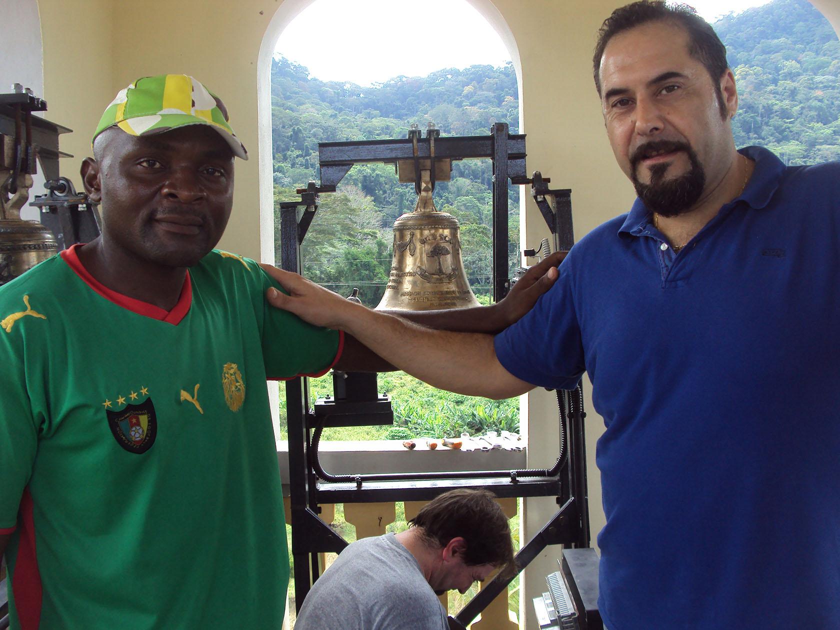 Montaggio Campana Guinea Equatoriale - Campane Marinelli